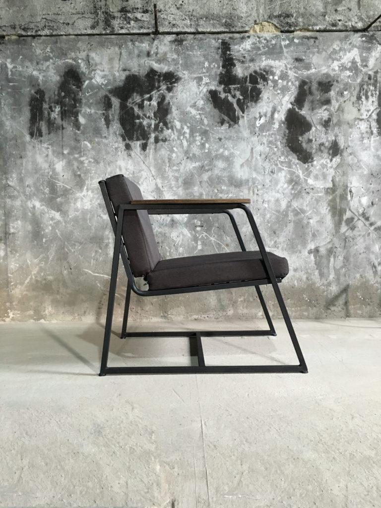 Кресло Buttocks-0